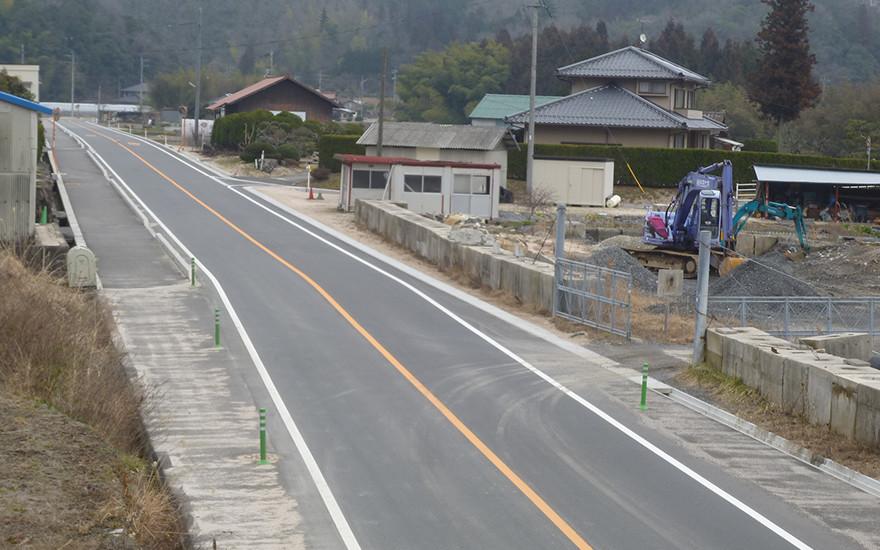 交通安全施設整備(歩道整備)工事に係る測量設計委託