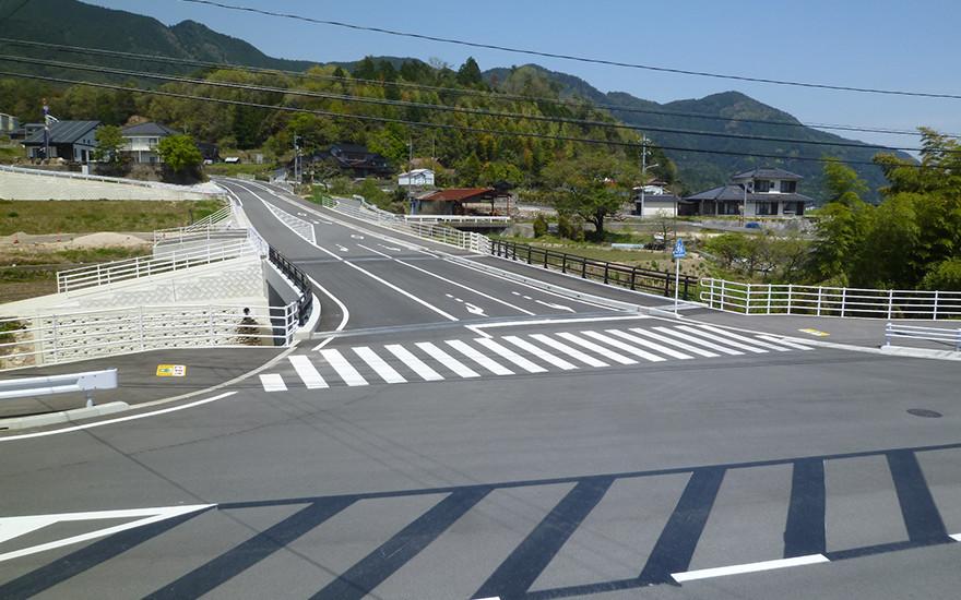 主要地方道広島湯来線(天皇原工区)1号橋梁修正設計業務(24-1)