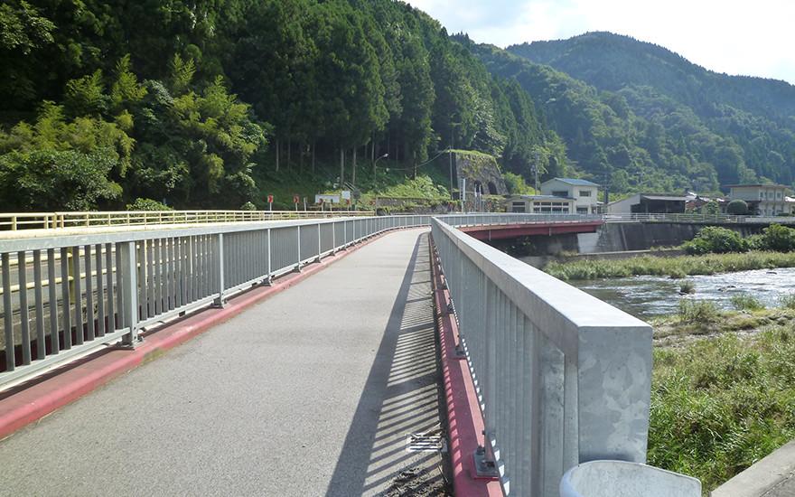 地質調査及び橋梁設計業務委託(交通安全1種・公共)