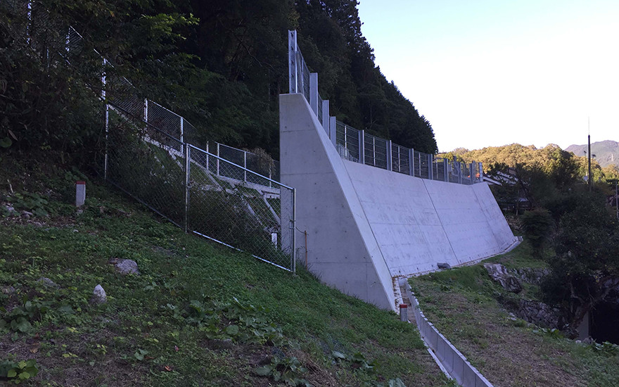 遅越地区 急傾斜地崩壊対策事業に伴う業務委託